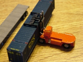 Terex FDC250 Container Lift - Zscale in Smooth Fine Detail Plastic