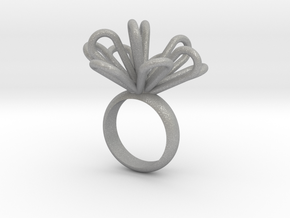 Loopy petals ring in Aluminum