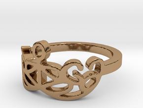 Yoga Glee Design Size 6 in Polished Brass