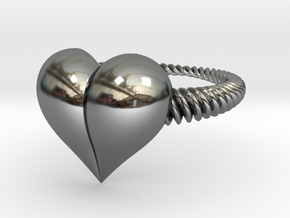 Size 7 Heart Ring in Fine Detail Polished Silver