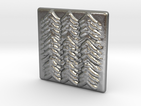Quilted Sq Charm (Waves) in Natural Silver