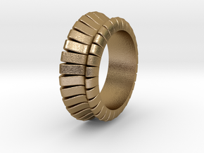 Ø0.683 inch/Ø17.35 mm WAVE RING MODEL B in Polished Gold Steel