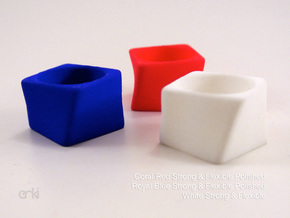 Twisted Cube - Ring - diam19 mm in White Natural Versatile Plastic