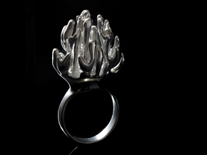 Laplacian Ring sz 7 in Polished Silver