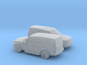 1/200 2X 2004-09 Land Rover Discovery in Smooth Fine Detail Plastic