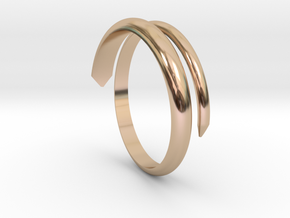 1.5 twist Ring in 14k Rose Gold Plated Brass