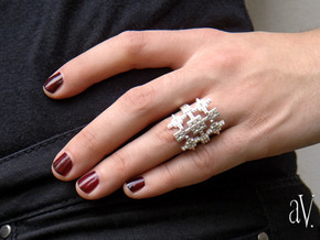 Lith Pattern Cross Ring in Natural Silver: 8 / 56.75