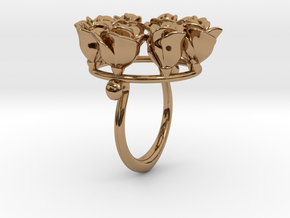 8 Roses in a circle.  in Polished Brass
