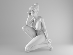 1/10 Sexy Girl Sitting 002 in White Natural Versatile Plastic