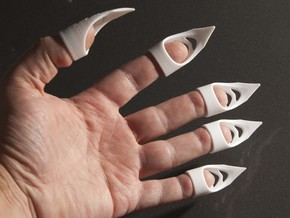 Cat's claw - width 20 mm in White Natural Versatile Plastic