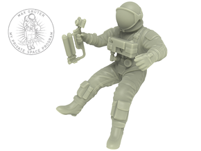 Gemini EVA Astronaut / 1:72 in Smooth Fine Detail Plastic