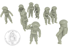 Vintage Moon Astronauts Set /  1:144 in Smoothest Fine Detail Plastic