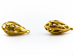 Teardrop shaped earrings in 14k Gold Plated Brass