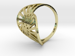 Nautilus Ring Size 6 in 18k Gold Plated Brass