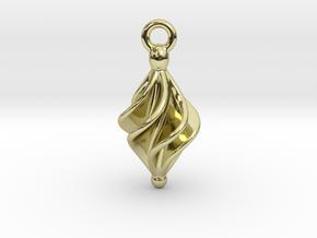 Rhomboidal Earring Twisted in 18k Gold Plated Brass