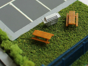 N Scale 6x Picnic Bench in Frosted Ultra Detail