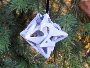 Pinwheel Die6 Ornament in White Strong & Flexible