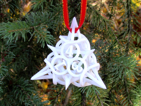 Thorn Die4 Ornament in White Natural Versatile Plastic