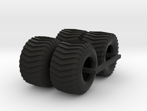 1/25 Puller Front And Rear Tires in Black Natural Versatile Plastic