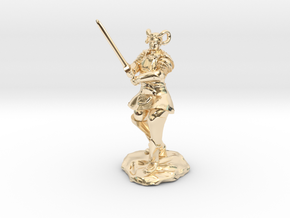 Tiefling Paladin in Platemail with Greatsword in 14k Gold Plated Brass