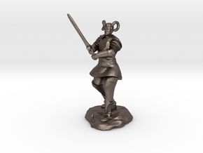 Tiefling Paladin in Platemail with Greatsword in Polished Bronzed Silver Steel