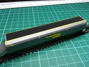 7 * Freightliner 100t HHA Hopper Load N Gauge in Black Strong & Flexible