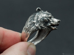 Bear ring in Polished Silver