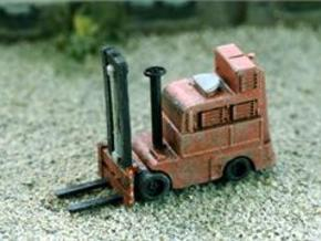 HO Scale Detail, FORKTRUCK, Industry use in Frosted Ultra Detail