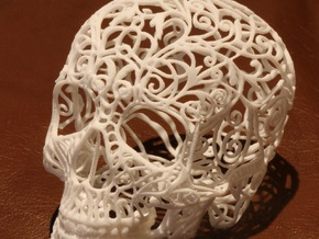 Skull Filagree v2 - 8cm in Smooth Fine Detail Plastic