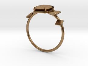 Anello Castone Geometrico in Natural Brass