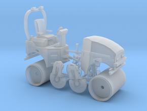 1/64th Asphalt or Concrete Roller in Smooth Fine Detail Plastic