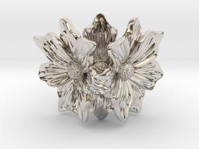 Flower of love in Rhodium Plated Brass: 7 / 54