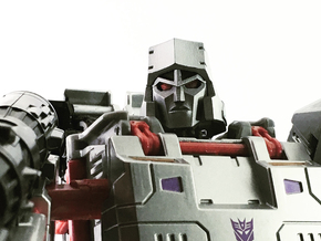 (1.5mm Screw) TR Faceplate & Helm for CW Megatron in Smooth Fine Detail Plastic