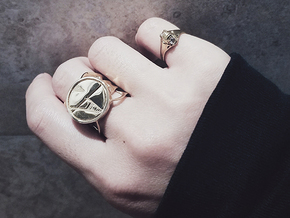 Signet Ring in Polished Brass