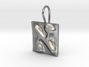 01 Alef Earring in Natural Silver