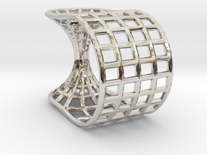 Wormhole Ring in Rhodium Plated Brass: 5 / 49