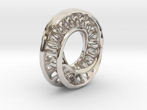 1 Inch Interconnected Moebius in Platinum