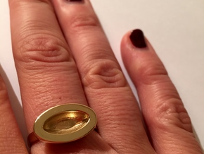 Nestle Ring M 17.5mm in Polished Brass