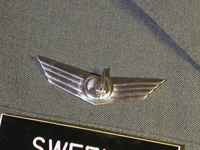 Space Service Wings in Stainless Steel