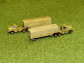 US M932 Semi-Truck w. M1032 / M 373 Trailer 1/285 in Frosted Ultra Detail