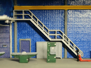 N Scale Stairs H=30.8mm in Smooth Fine Detail Plastic