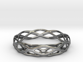 Magic Bracelet in Polished Silver