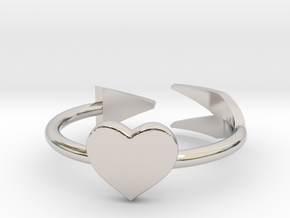Arrow with one heart ring 17mm in Platinum