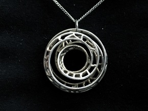 Single Strand Spiral Voronoi Interlocking Pendant in Interlocking Polished Silver