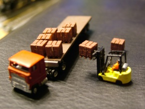 Pallets with Boxes - Set of 9 - Zscale in Smooth Fine Detail Plastic