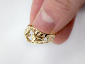 Crown Ring in Polished Brass: 8 / 56.75