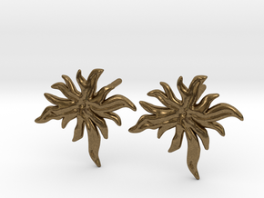 Delphinium Leaf Stud Earring in Natural Bronze