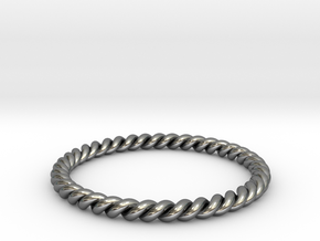 TWIST BAND RING in Fine Detail Polished Silver: 6 / 51.5