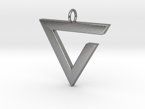 Axii Pendant in Natural Silver