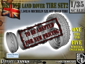 1-35 Land Rover 750x16 Tire And Wheels Set2 in Transparent Acrylic